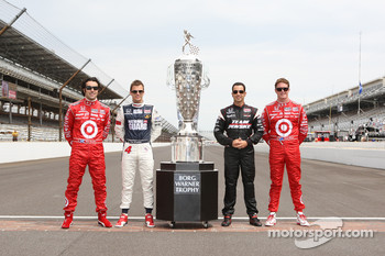 Dario Franchitti, Dan Wheldon, Helio Castroneves and Scott Dixon