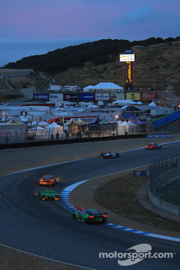 ALMS night race action