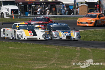 #9 Action Express Racing Porsche Riley: Joao Barbosa, Terry Borcheller, JC France, #10 SunTrust Racing Ford Dallara: Max Angelelli, Ricky Taylor