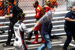 Winner Artem Markelov, RUSSIAN TIME celebrates with champagne