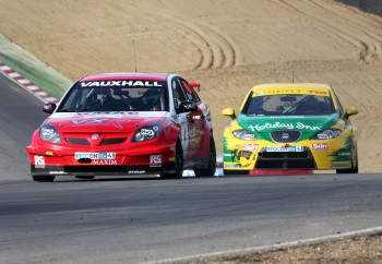 VX Racing - Vauxhall Vectra - Matt Neal - 4