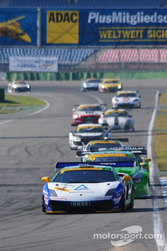 ADAC GT Masters Race 2 - Stuck / Stuck leading the field
