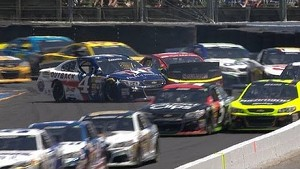 Bowyer spins and collects Harvick