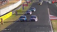 Lowndes spins Winterbottom - 2014 Bathurst 1000