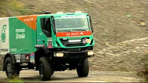 The Petronas De Rooy Iveco Team look towards Dakar 2015