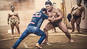 F1 v Sumo - No Contest!