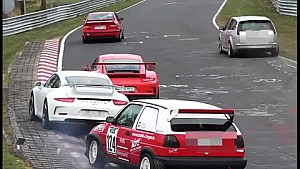 Crash Porsche 991 GT3  and Volkswagen Golf MK2 Nurburgring tourist drivers