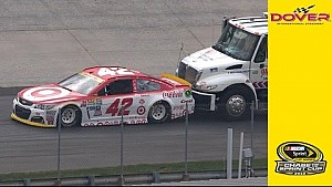 Larson loses power, goes a lap down