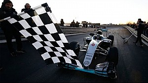 Onboard Rosberg's final laps in his Mercedes W07