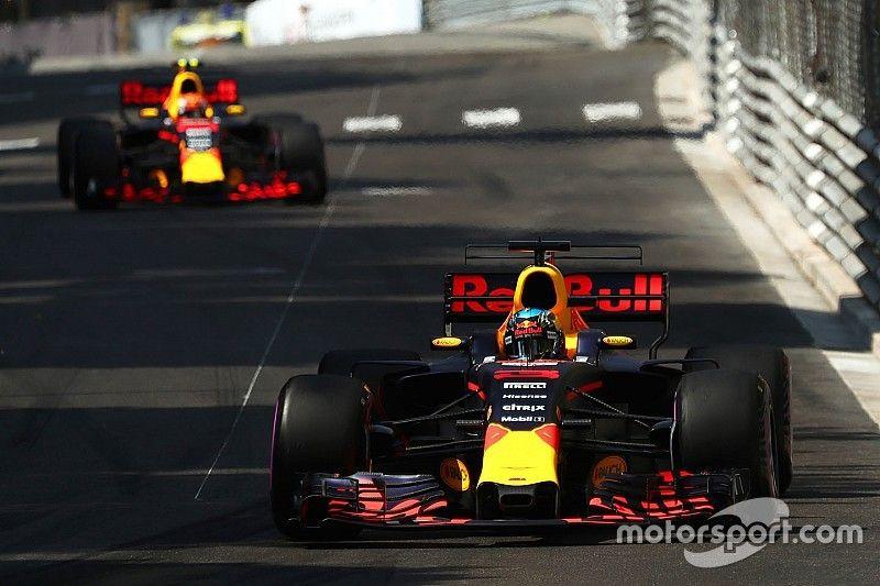 """Ricciardo, frustrado por el """"estúpido error"""" de Red Bull en clasificación"""