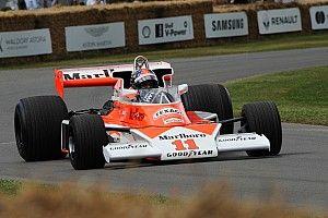 Legendás F1-es gépek gurultak pályára: Kubica, Bottas, Rosberg…