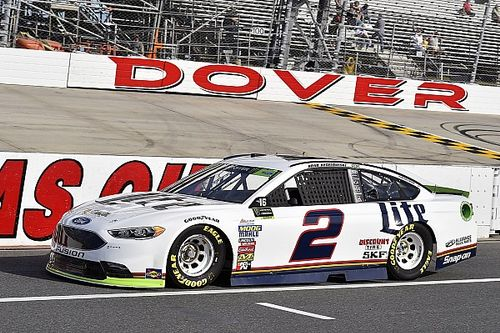 Keselowski wins Stage 1 after pit road incident jumbles running order