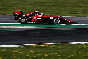 GP3 予選レポート 【GP3】オーストリア予選:苦戦の福住10番手。僚友のラッセルがPP