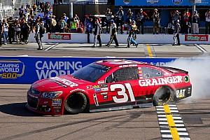 NASCAR Cup Gara Newman vince a Phoenix e regala il successo al team Childress