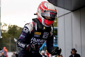 FIA F2 Raceverslag F2 Monza: Ghiotto wint sprintrace, De Vries komt tot P12