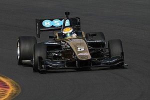 Urrutia terminó como subcampeón en la Indy Lights