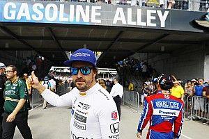 A McLaren nem tudja, hogy lehetne meggyőzni Alonsót...