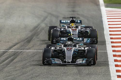Hamilton en Bottas willen geen teamorders