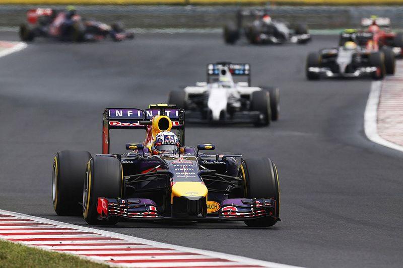Il y a 7 ans : Ricciardo se taille sa réputation de gros freineur