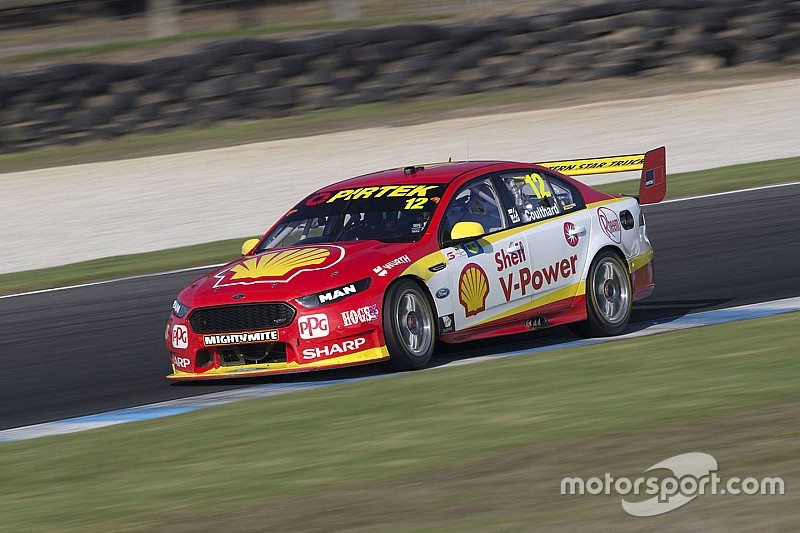 Coulthard ready to 'take risks' in Supercars title fight