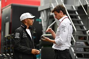 Mercedes admite que consultó a Hamilton sobre su compañero en 2020
