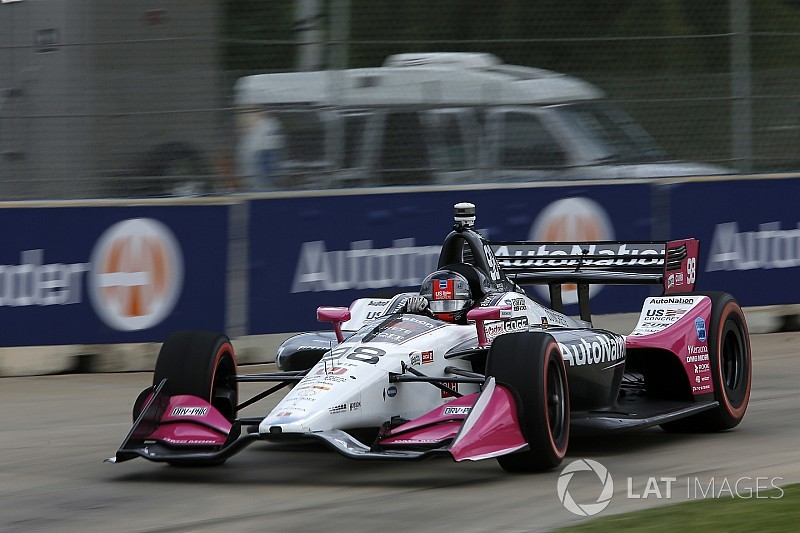 Andretti voa em Detroit e conquista pole; Kanaan é 15º