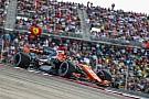 Mint mindig: Alonso ismét motorhiba miatt mérgelődik