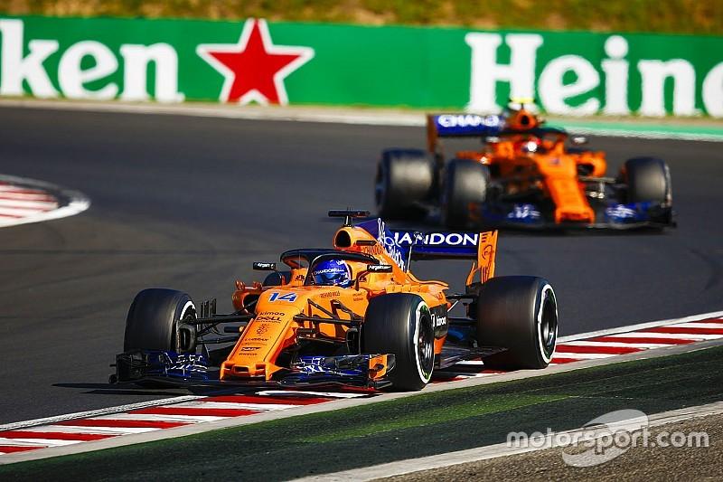Alonsónak sürgősen dönteni kell a jövőjéről: IndyCar vagy F1?