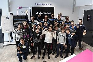 Lo Sky Racing Team VR46 incontra gli studenti agli Sky Academy Studios