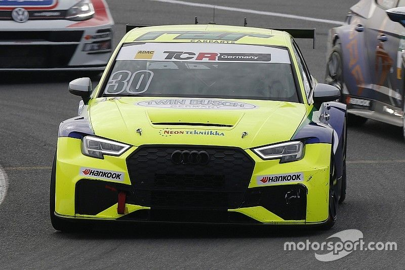Antti Buri si prende una bella vittoria in Gara 1 a Most