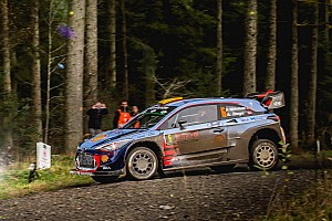 WRC Prova speciale Gran Bretagna, PS18: Mikkelsen vince e mette nel mirino Ogier