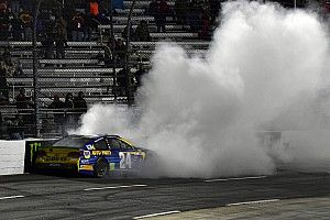 "Chase Elliott ""no puede remediar"" el incidente con Hamlin en Martinsville"