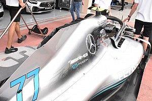 Mercedes: aperto il camino sulla pinna del cofano della W09