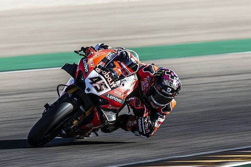 Ducati cerca lo step per far crescere la Panigale V4