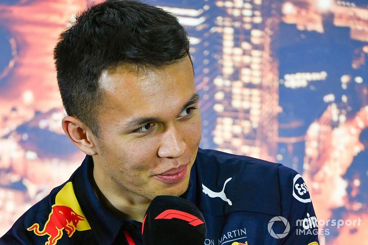 Элбон все же поедет за Red Bull в 2021-м. Но в DTM