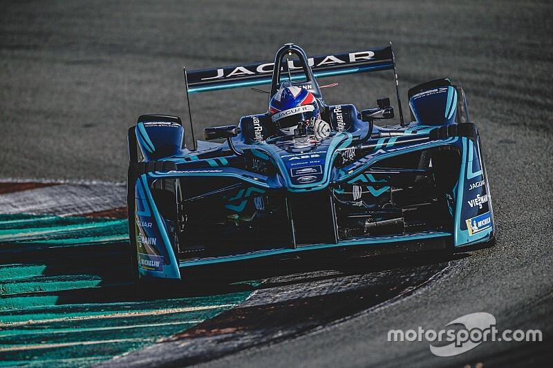 GALERIA: Confira imagens do teste de Sérgio Jimenez em carro da Fórmula E