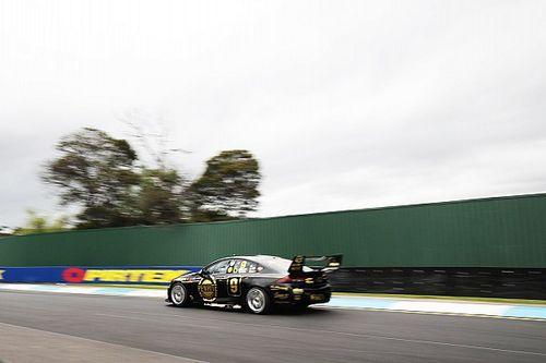 Sandown 500: Reynolds breaks lap record in practice