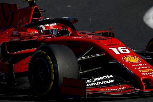 Video: Leclerc guida con una mano sola alla 130R, eroe o azzardo?