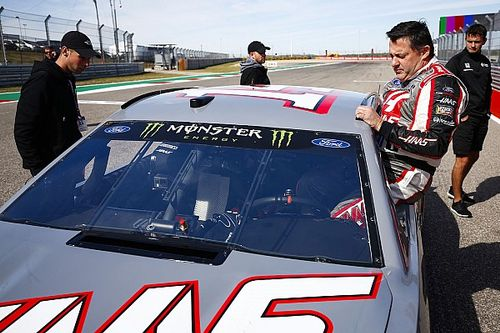 Stewart considers NASCAR race return on Xfinity road course