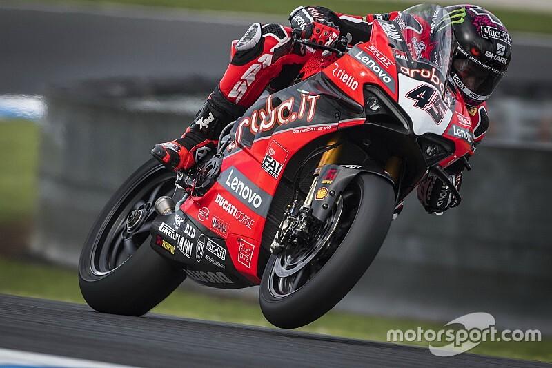 SBK, Phillip Island, Libere 1-2: Redding si impone con la Ducati