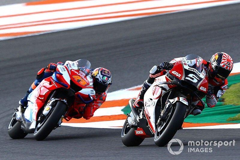 """Miller: """"Nadie tiene tres años para adaptarse a una moto nueva salvo Rossi"""""""