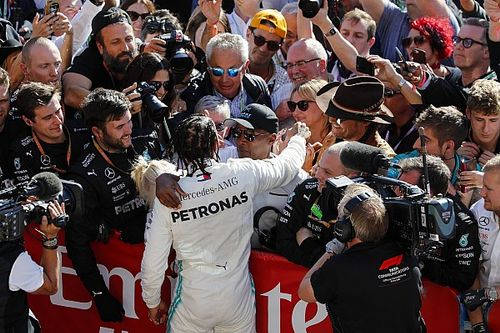 Hamilton: Nigdy się nie poddawaj