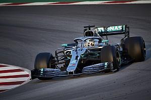 """Mercedes, 2019'un ilk testine """"farklı"""" bir araçla katılmış"""