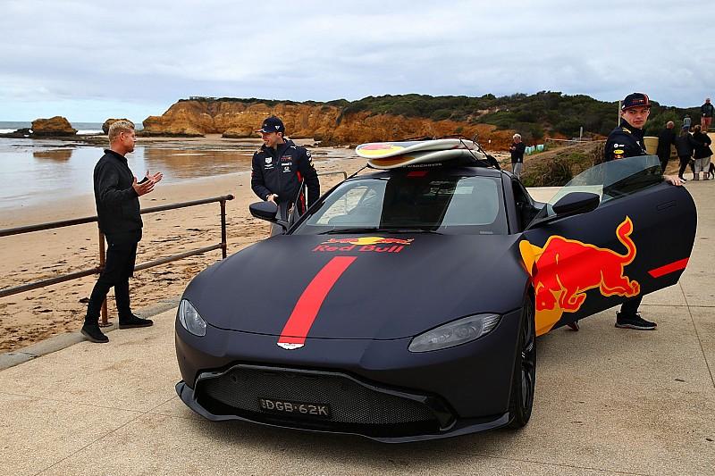 Red Bull объедет пробки в Зандфорте по пляжу. Экологи в шоке