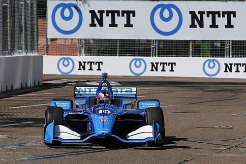 "Rosenqvist completes sensational IndyCar debut with ""one arm"""