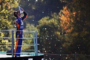 Las mejores imágenes de la 'locura' del GP de Italia