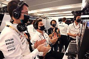 Wolff, Mercedes'teki takım patronluğunu ani şekilde bırakabilir