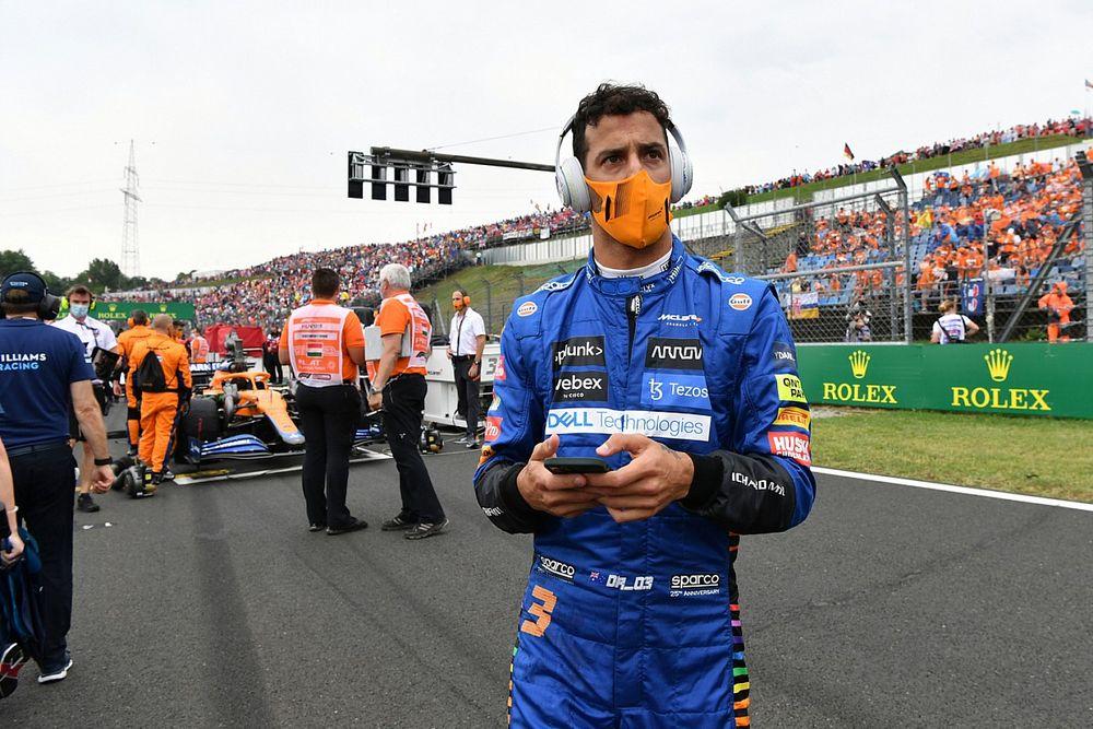 Hughes: ''Ricciardo, standartın alt performansına tolere etmeyecek''