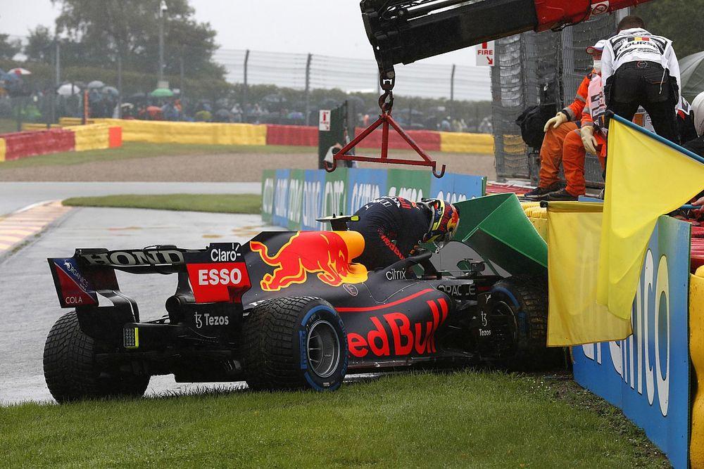Pérez explica su insólito accidente en Spa y admite su error