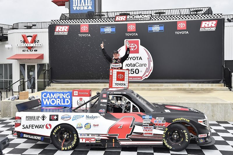 Nemechek tops Busch in wreck-marred Richmond Truck race